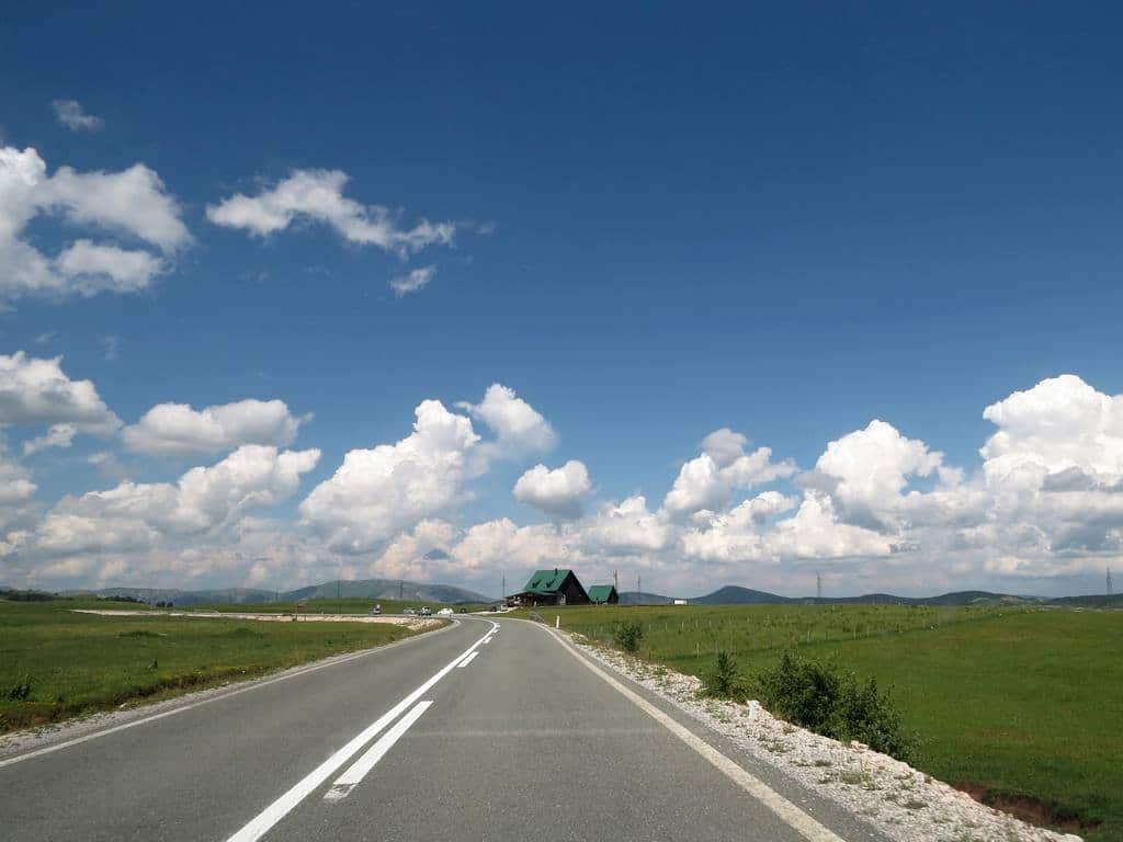 Реконструкция дорог в Черногории