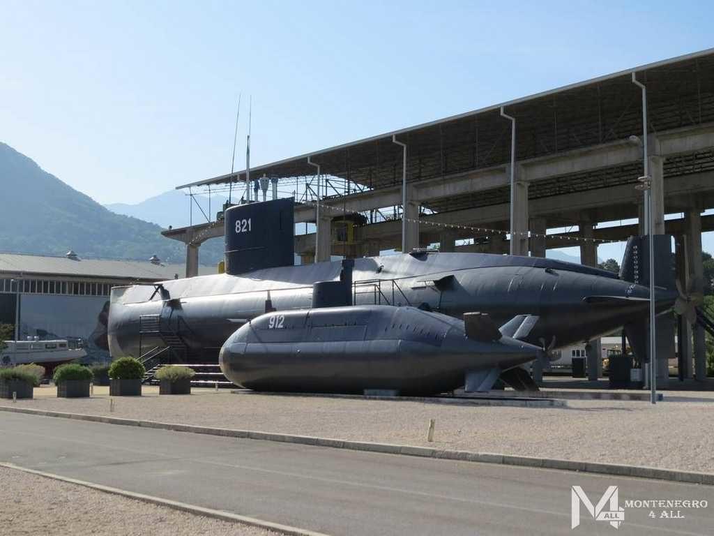 Военно-морской музей в Тивате