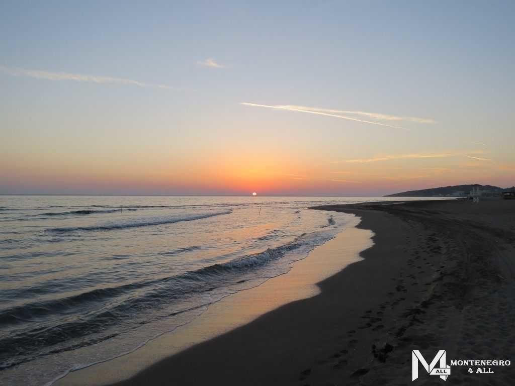 Закат солнца над Адриатическим морем