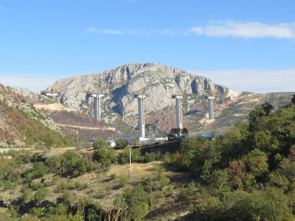 Автомагистраль Бар - Боляре