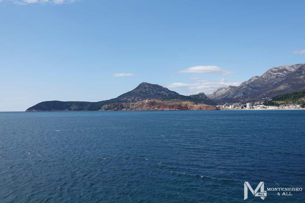 Морская вода в Черногории