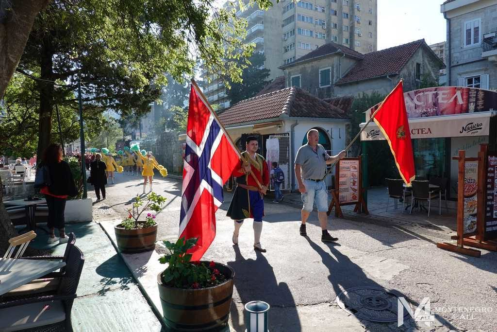 Отмечание дня Норвегии в Игало