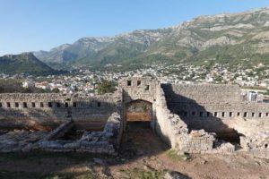 Крепость Табия. Центральный вход.