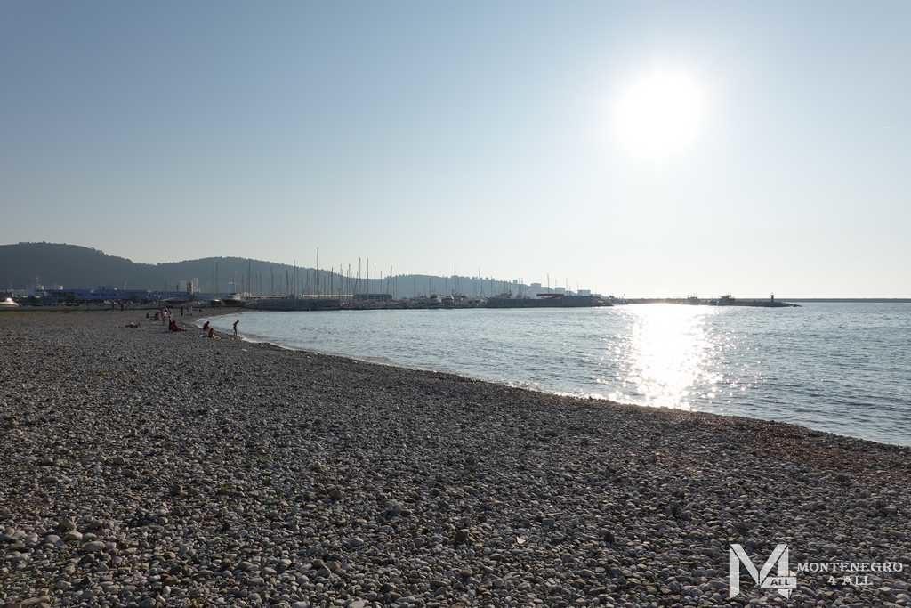 Пляж города Бар