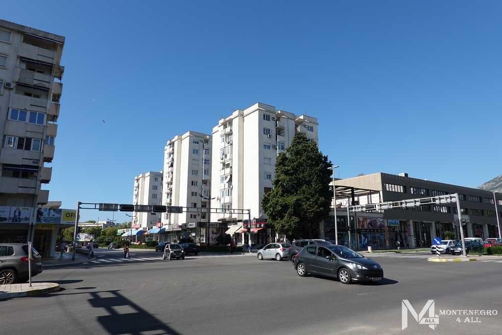 Широкие улицы города Бар