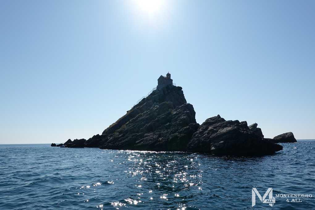 Остров Святая Неделя