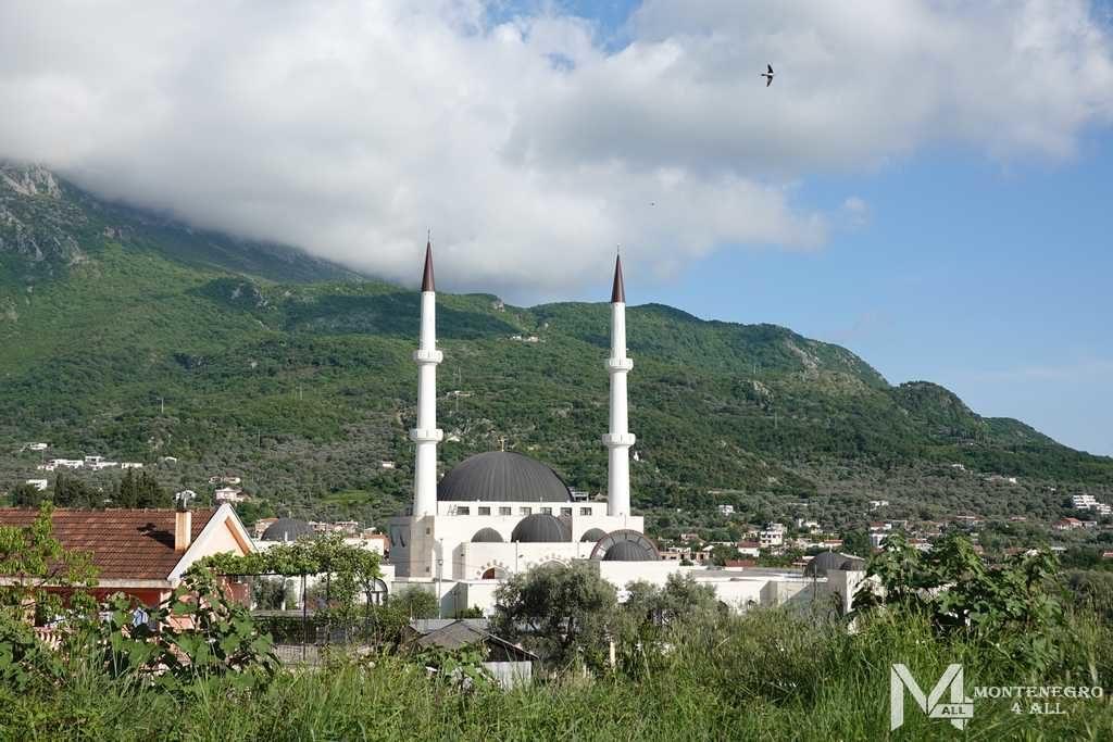 Мечеть в городе Бар