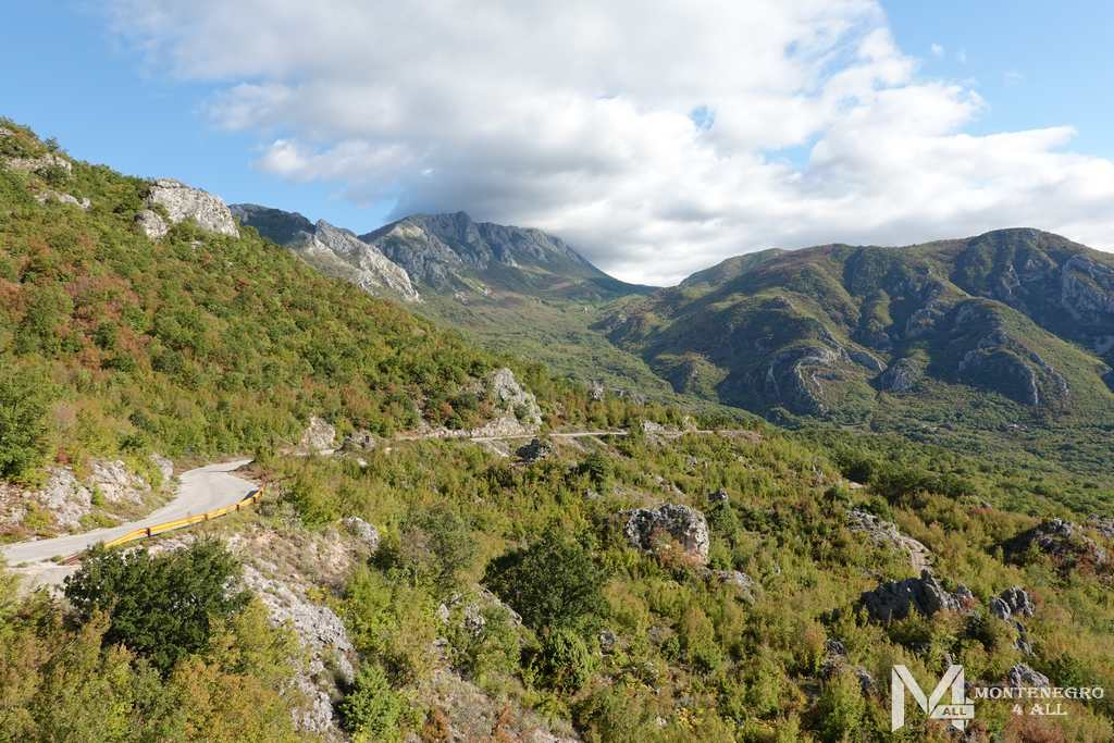 Дорога до горы Врсута